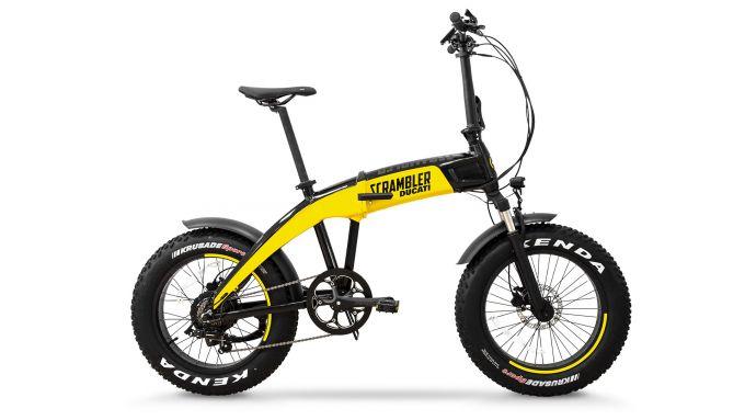 Ducati SCR-E: visuale laterale