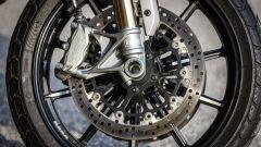 Ducati Scrambler 1100 Sport: pinze radiali Brembo M4.32 con dischi semi-flottanti
