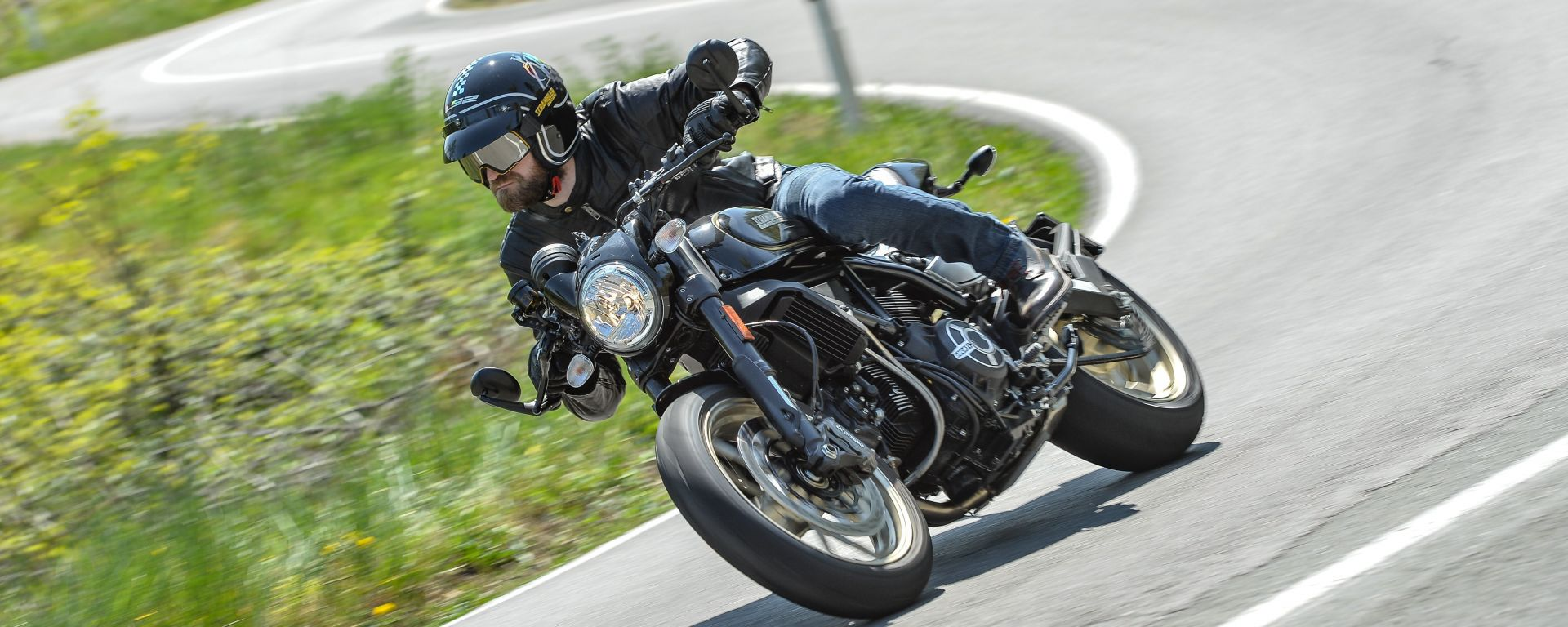 Ducati Scrambler Café Racer, anima brillante