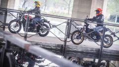 Ducati Scrambler Desert Sled sfida Triumph Street Scrambler