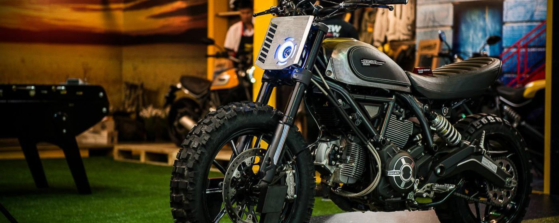 Scrambler Ducati Dirt Track Concept
