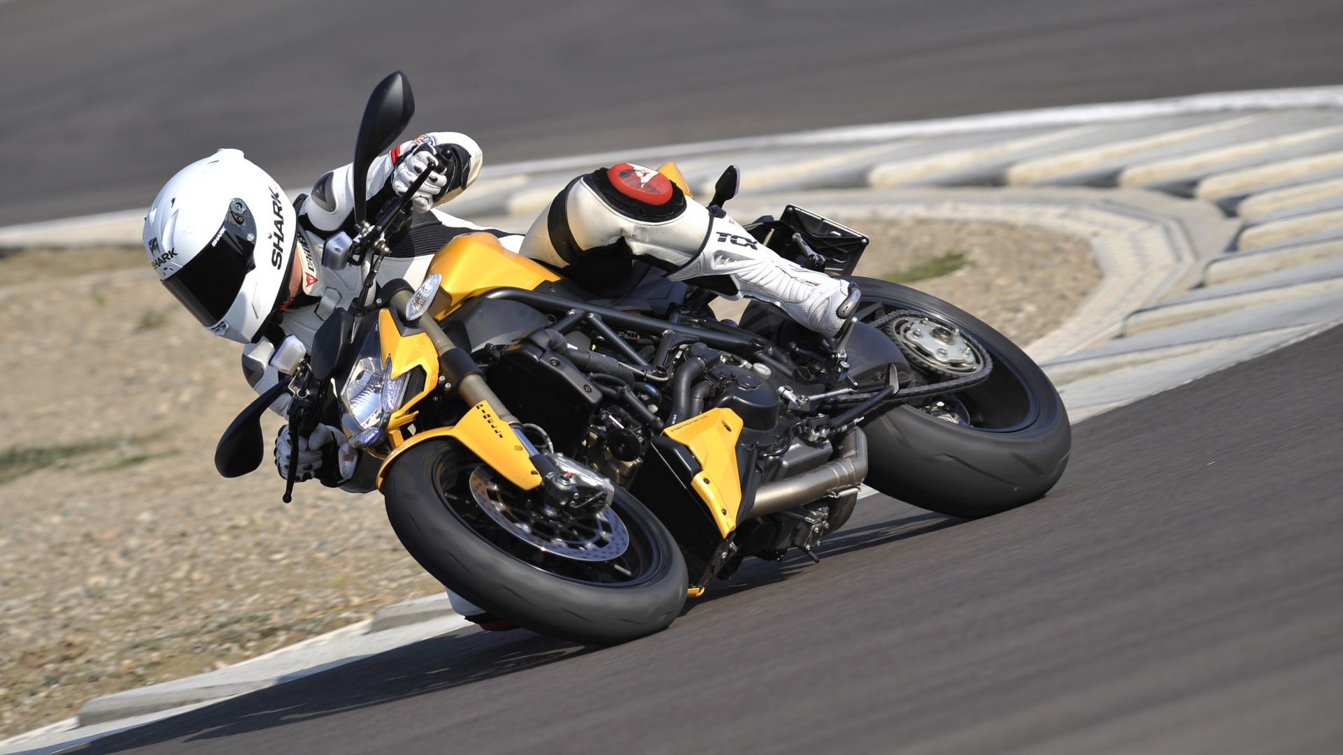 Immagine 25: Ducati Streetfighter 848