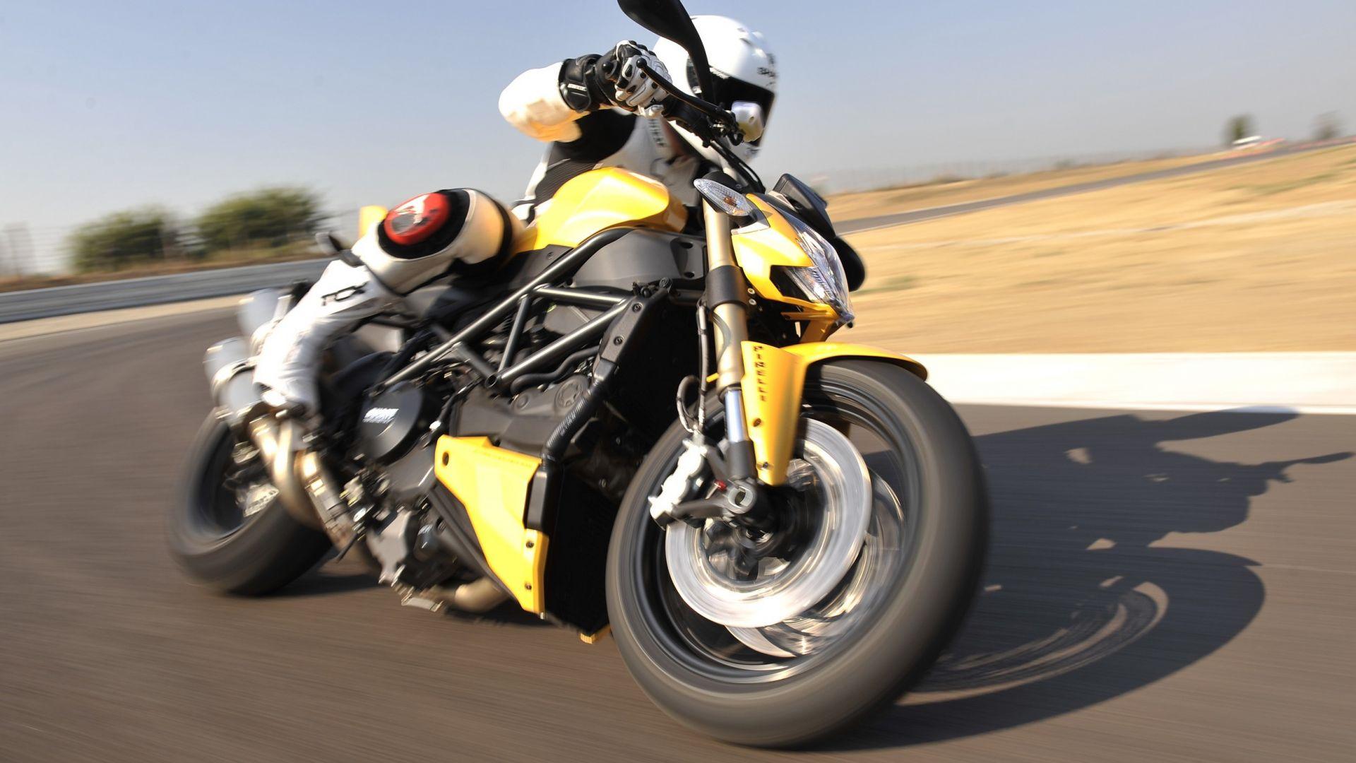Immagine 1: Ducati Streetfighter 848