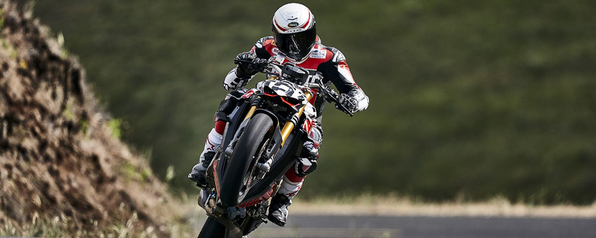 Ducati Streetfighter V4 alla Pikes Peak