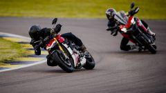 A scuola di guida con la Ducati Streetfighter V4? Facilissimo - Immagine: 3