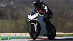 Ducati Supersport 950 S in azione