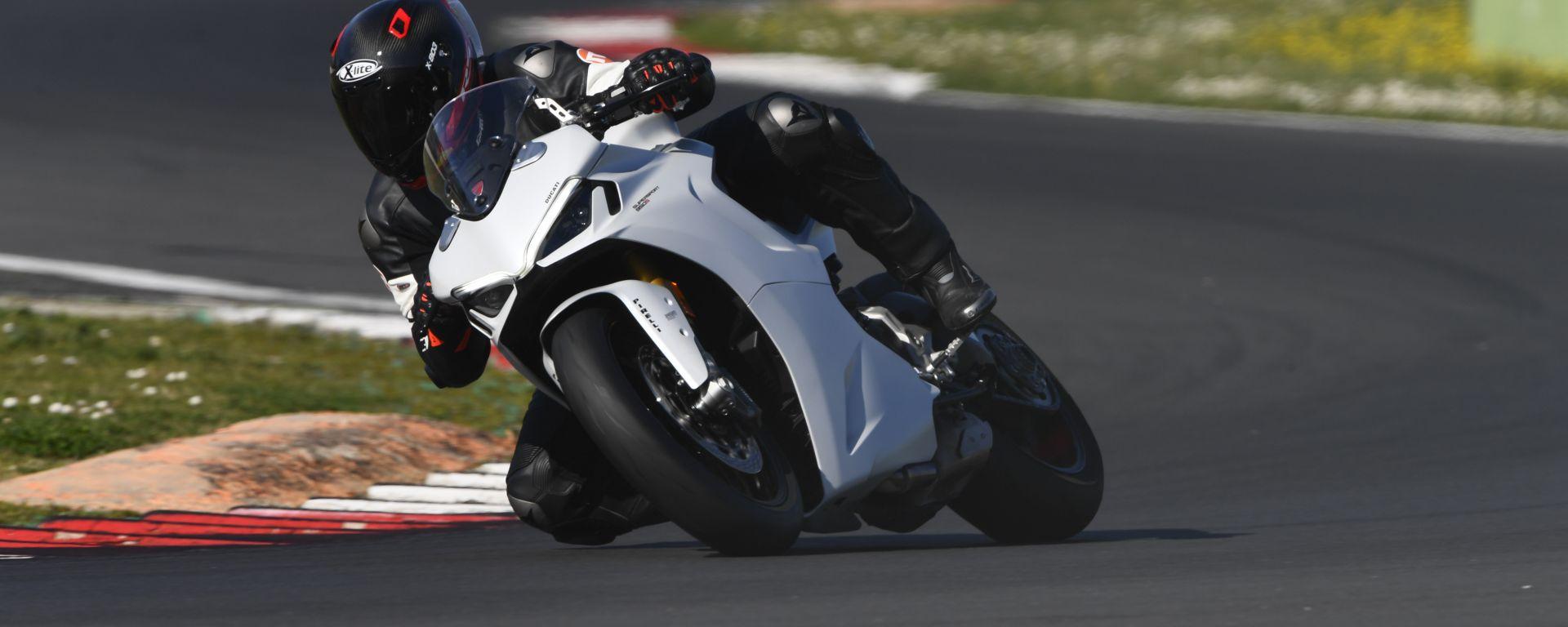 Ducati Supersport 950 S, la porta d'accesso alle sportive Ducati