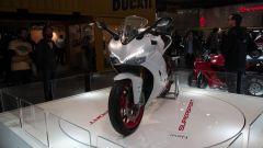 Ducati Supersport S: 939 cc, 113 cavalli, acceleratore by wire e cambio Quick Shift (DQS)