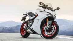 Ducati Supersport S: vista 3/4 anteriore