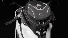 Ducati: viaggiare in moto con gli accessori Performance - Immagine: 1