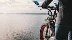Miloo Mighty Beast, e-bike o scooter? Che performance! Video - Immagine: 2