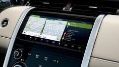 Ecco la nuova Land Rover Discovery Sport è anche Plug In Hybrid cruscotto