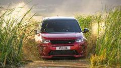 Ecco la nuova Land Rover Discovery Sport è anche Plug In Hybrid strada fronte