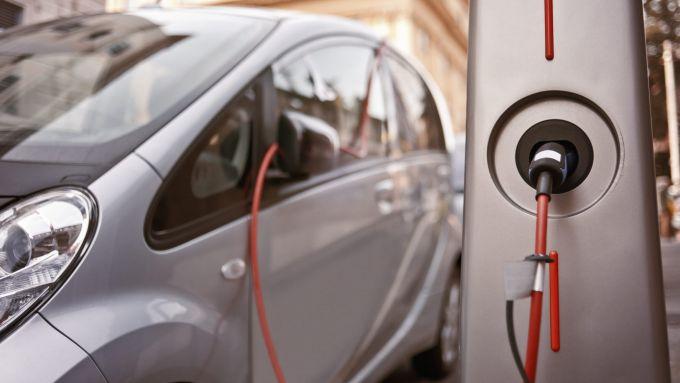Ecobonus 2020-2021: solo per elettriche e PHEV