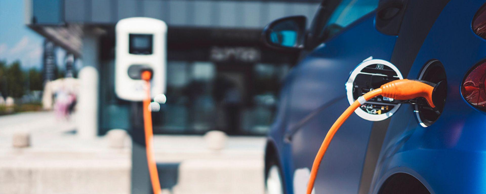 Ecobonus auto, nuovi fondi per le auto a basse emissioni
