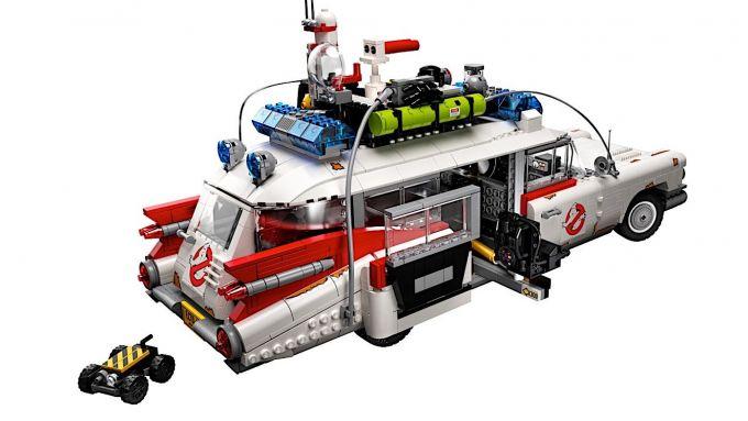 Ecto-1: la macchina dei Ghostbusters diventa un accuratissimo modellino Lego
