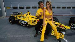 Eddie Jordan e la sua EJ12, del 2012 una presentazione memorabile per motivi extra sportivi