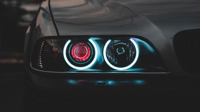 Editoriale: l'auto nella nostra vita