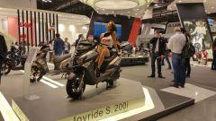 Eicma 2015: il Maxsym 500 e la café racer di Sym - Immagine: 5
