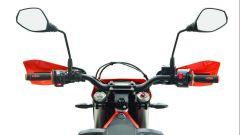 """KTM 690 Enduro R 2019, a Eicma 2018 la tutto-terreno """"robot"""" [VIDEO] - Immagine: 7"""
