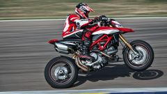 """Ducati Hypermotard 950: la """"fun bike"""" è tutta nuova [VIDEO] - Immagine: 1"""