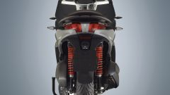 Piaggio MP3 300 HPE: nuovo motore e guida connessa [VIDEO] - Immagine: 1