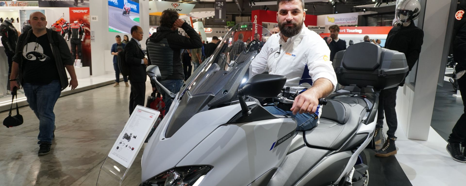 Yamaha TMAX 560: in video a EICMA 2019 due versioni