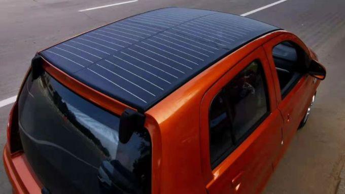 Elettra SUV, quadriciclo di Green Vehicles: il pannello solare sul tetto