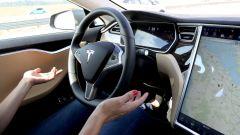 Elon Musk difende l'autopilot Tesla: non ha causato l'incidente della Model X