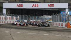 ePrix Berlino-6: Mercedes sogna in grande, 1-2 con Vandoorne e De Vries - Immagine: 6