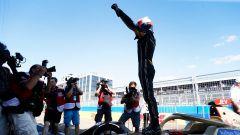 ePrix New York 2019, Jean-Eric Vergne esulta dopo il tragurdo di Gara-2