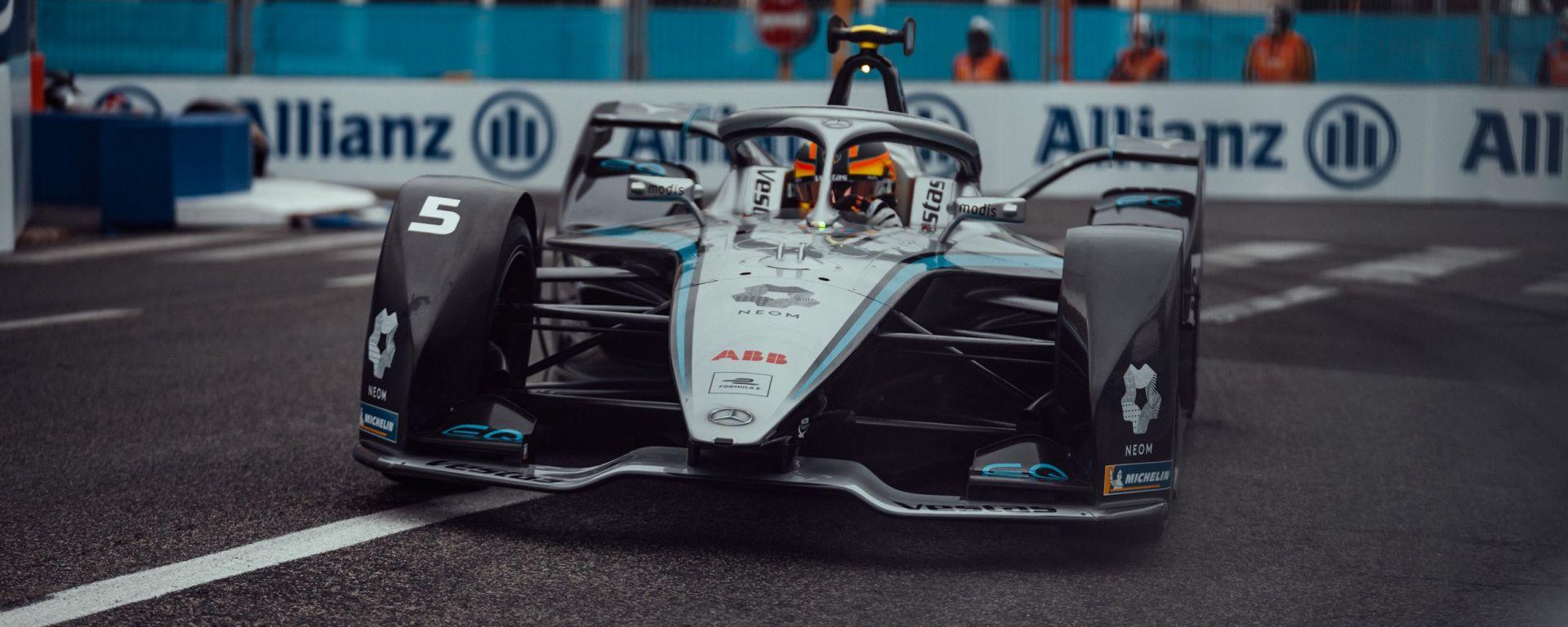 ePrix Roma-1 2021, Rowland la butta via, in pole scatta Vandoorne