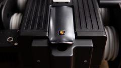 Espresso Veloce RS Black Edition: il logo Porsche è oscurato