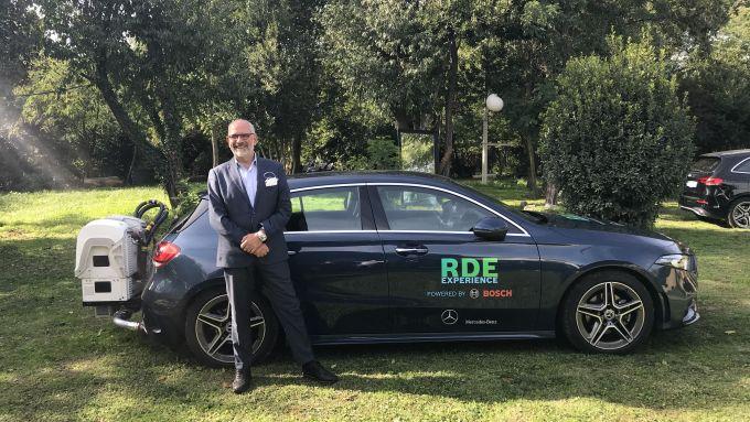 Eugenio Blasetti con la Mercedes Classe A degli RDE Emission Test