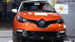 Euro NCAP: Trax e Captur mettono la quinta (stella) - Immagine: 1