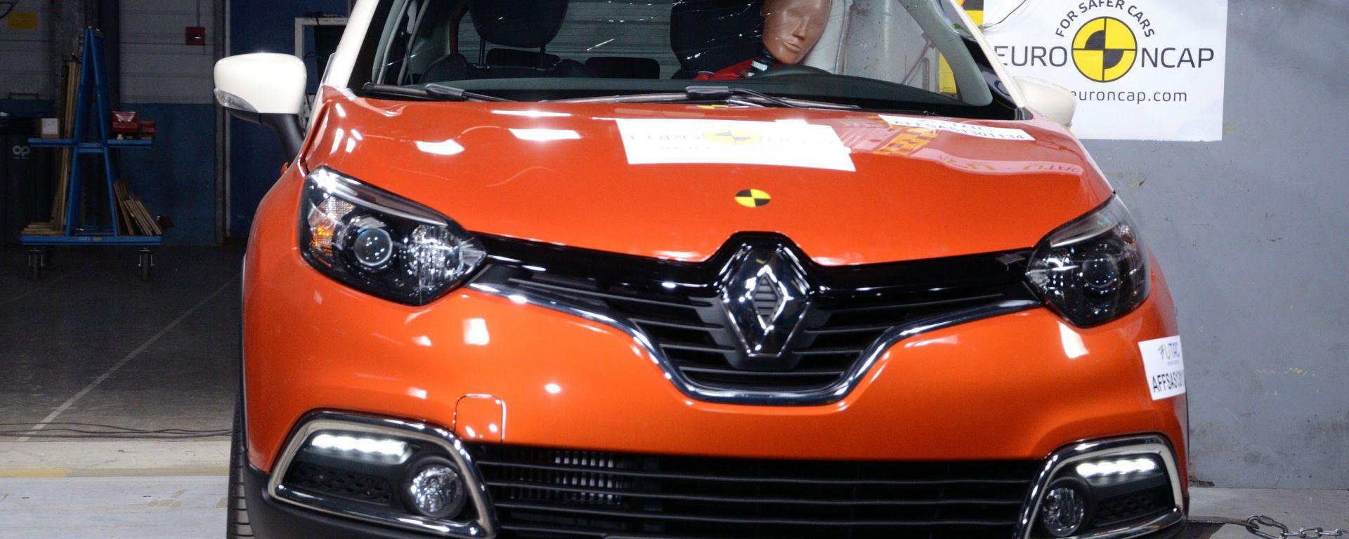 Euro NCAP: Trax e Captur mettono la quinta (stella)
