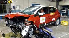 Euro NCAP: Trax e Captur mettono la quinta (stella) - Immagine: 6
