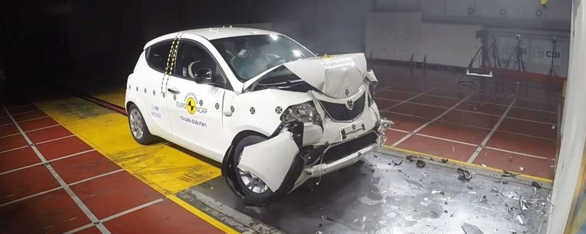 Euro NCAP 2015: 2 stelle per la Lancia Ypsilon