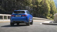F-Pace SVR 2021: il SUV top di gamma Jaguar si rinnova