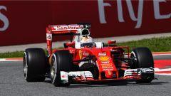F1 2016 GP Spagna: Mercedes in pole, Hamilton il più veloce, flop Ferrari - Immagine: 3