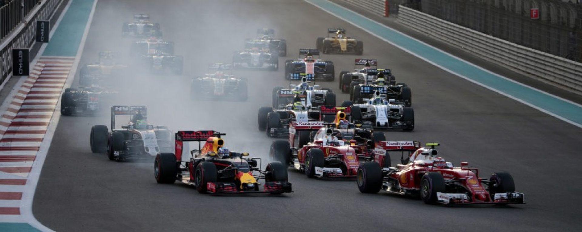 F1 2016, la partenza del GP di Abu Dhabi