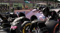 F1 2017, Force India VJM10 al pit-stop
