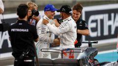 F1 2017 GP Abu Dhabi, Hamilton si complimenta con Bottas