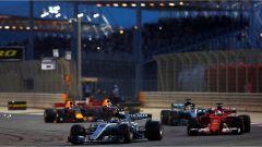 F1 2017 GP Bahrain, monoposto in azione