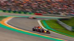 F1 2017 GP Belgio, Daniel Ricciardo affronta la Pouhon