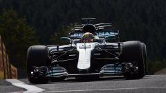 F1 2017, GP Belgio, qualifiche: Lewis Hamilton firma la 68esima pole di carriera eguagliando il record di Schumacher