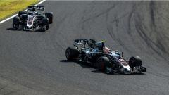 F1 2017 GP Giappone, le HAAS di Magnussen e Grosjean