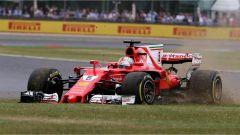 F1 2017 GP Inghilterra, Sebastian Vettel sull'erba