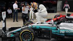 F1 2017, GP Inghilterra: Lewis Hamilton vince tutto a Silverstone davanti a Bottas e alla Ferrari di Raikkonen