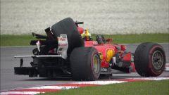F1 2017 GP Malesia, la Ferrari di Vettel dopo il contatto con Stroll